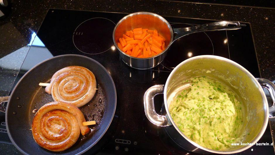 bratwurstschnecke mit kartoffel erbsen p ree und m hren kochen und basteln. Black Bedroom Furniture Sets. Home Design Ideas